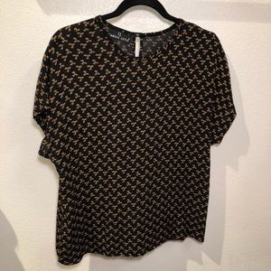 5/$25 CAROLE LITTLE black short sleeve blouse - M